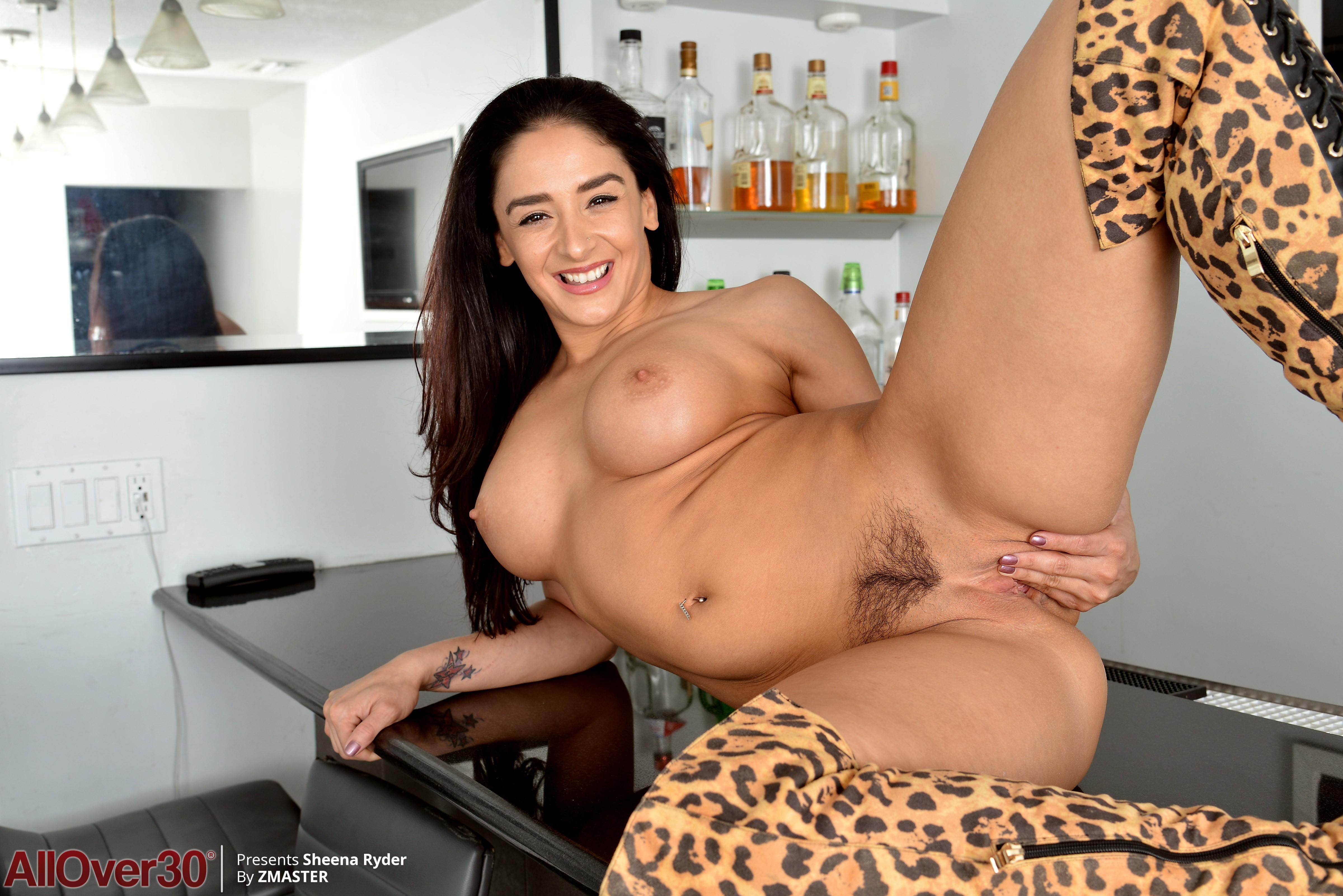 Sheena Ryder Porn
